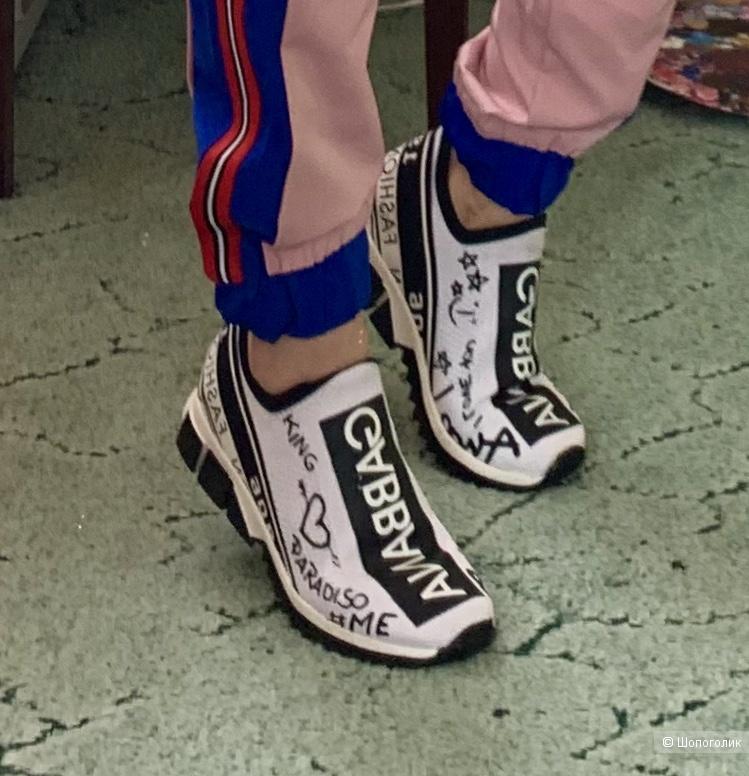 Кроссовки Dolce Gabbana  . Размер 37