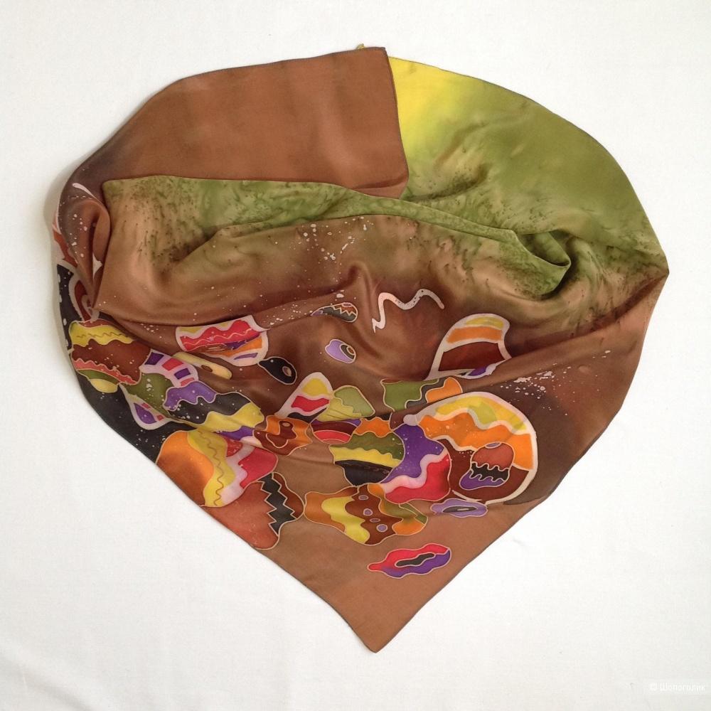Платок батик Матрёшки размер 87*88
