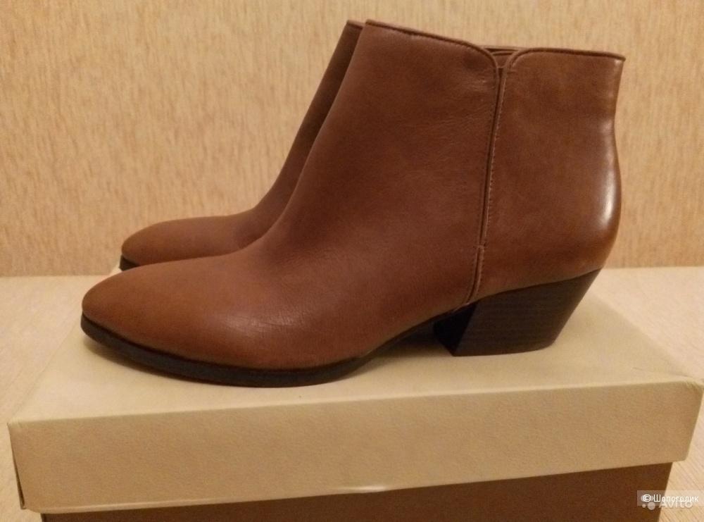 Ботинки Franco Sarto размер US8 на 38