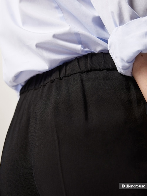Брюки-джоггеры Massimo Dutti в 40 размере