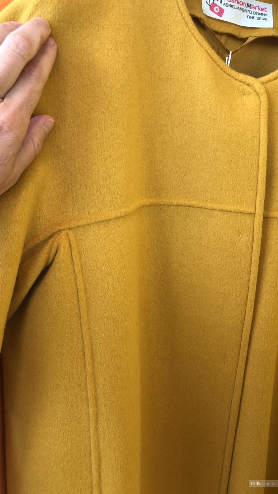 Новое демисезонное пальто Max Mara 42 It