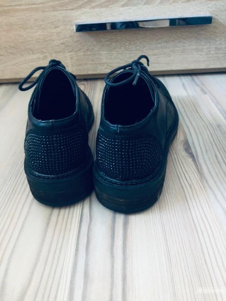 "Ботинки""Primadonna""Размер 36."