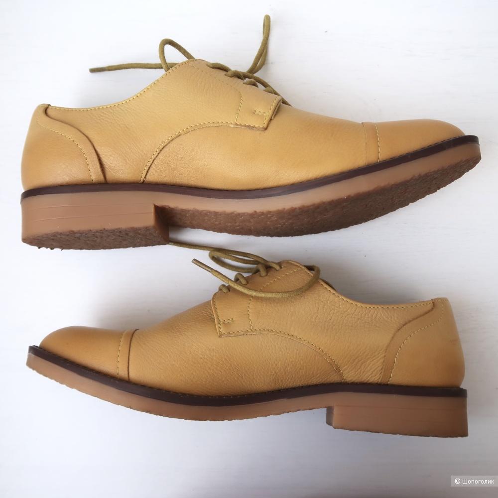 Ботинки Benetton, 37 размер