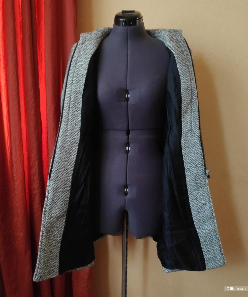 Пальто Zara. Размер M/ S.