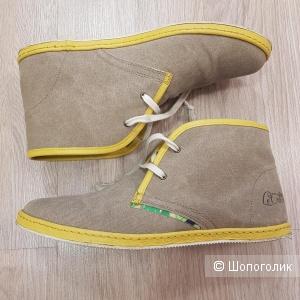Ботинки LE CROWN. Размер 40.