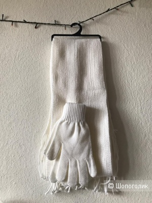 Шапка,шарф, перчатки. Полушерсть.