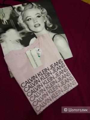 Футболка Calvin Klein jeans 42-44 размер