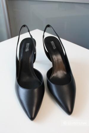 Туфли Michael Kors размер 9