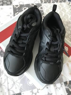 Детские кроссовки New Balance, размер 10,5