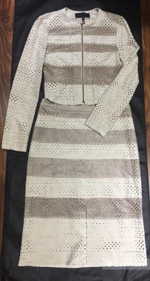 BCBG MAXAZRIA костюм жакет и юбка р.xs