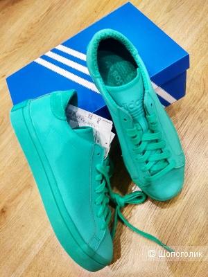 Кроссовки Adidas  37-37.5  размер