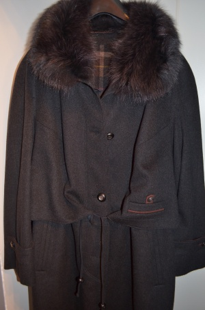 Пальто Hensel und Mortensen.размер 52-54