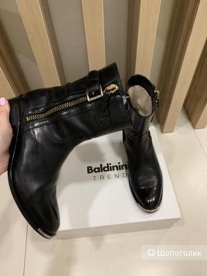 Ботинки Baldinini, размер 37-38