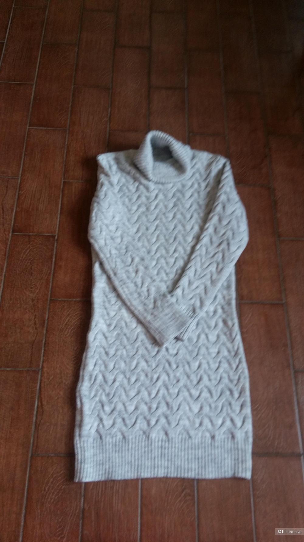 Платье, размер 42-46.