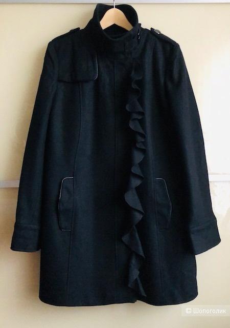 Пальто TAHARI,46