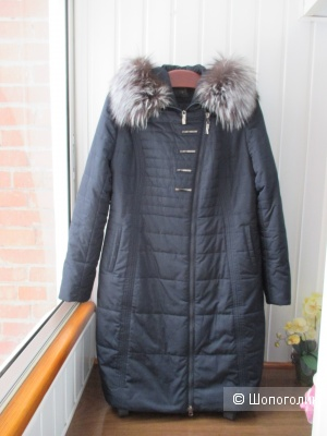 Зимний пуховик /пальто  с капюшоном Tiarba. 52 размер