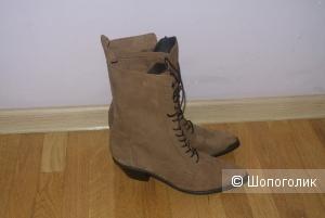 Замшевые ботинки Dingo 8(24.5 стелька) размера