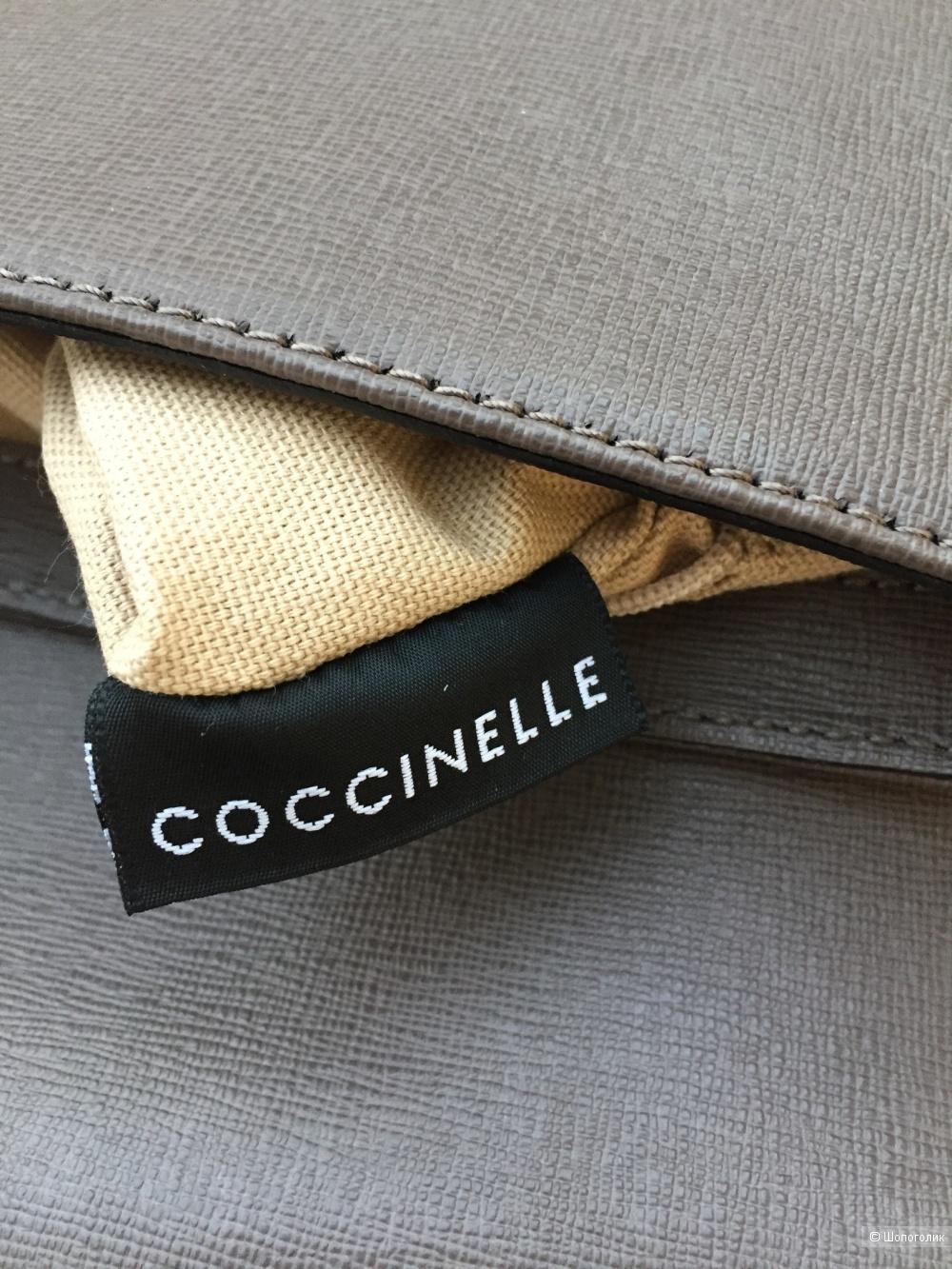 Сумка клатч Coccinelle.