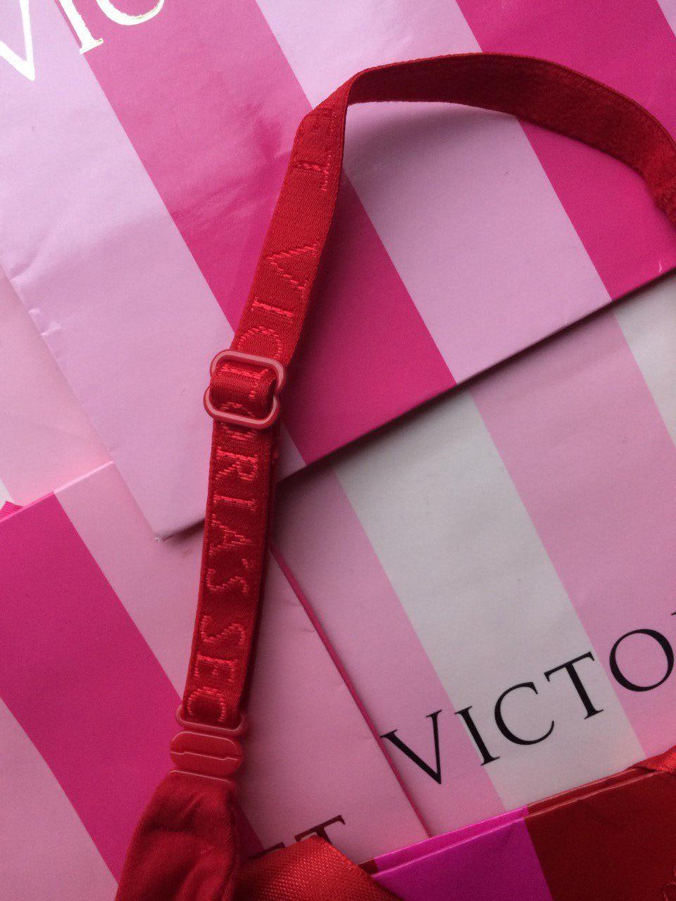 Лифчик Victoria's Secret 34C