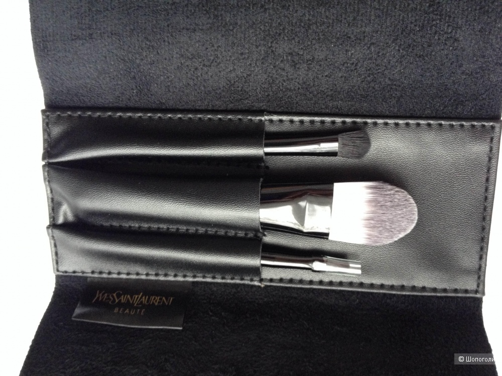 Кисти для макияжа Yves Saint Laurent