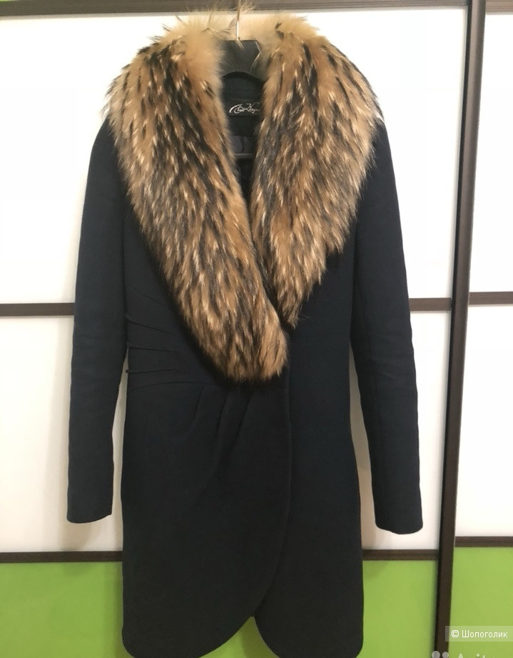 Пальто зимнее с мехом енота Леди Каприз 42  (XS)
