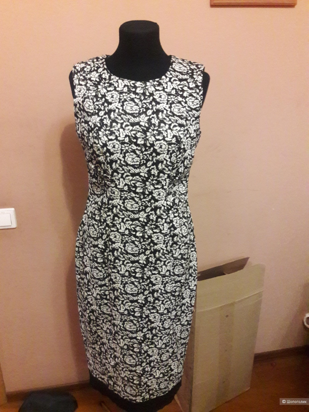 Платье Calvin Klein 8 размера