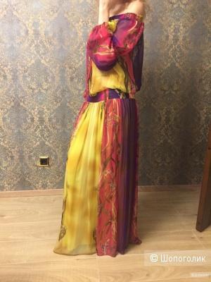 Шёлковый костюм Orna Farho Франция. Размер 44.