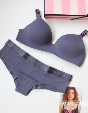 Комплект Victoria's Secret бюстгальтер 36С (80С) и трусики (L)