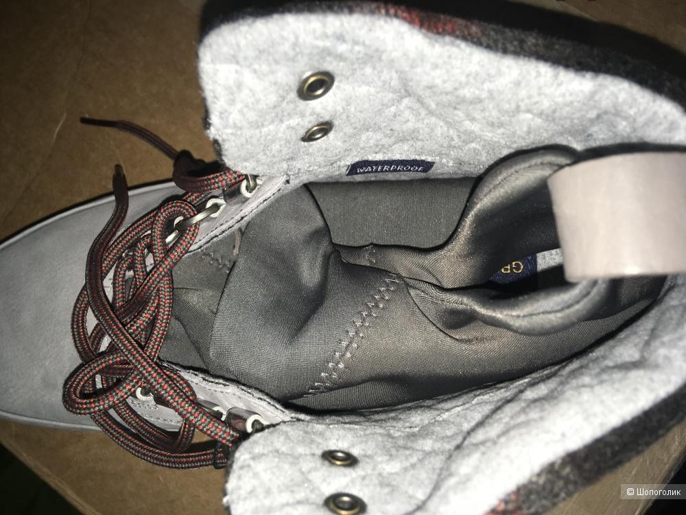Ботинки Cole Haan р-р 9US (39,5-40)