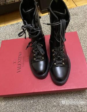 Ботинки Valentino Garavani, 39 размер