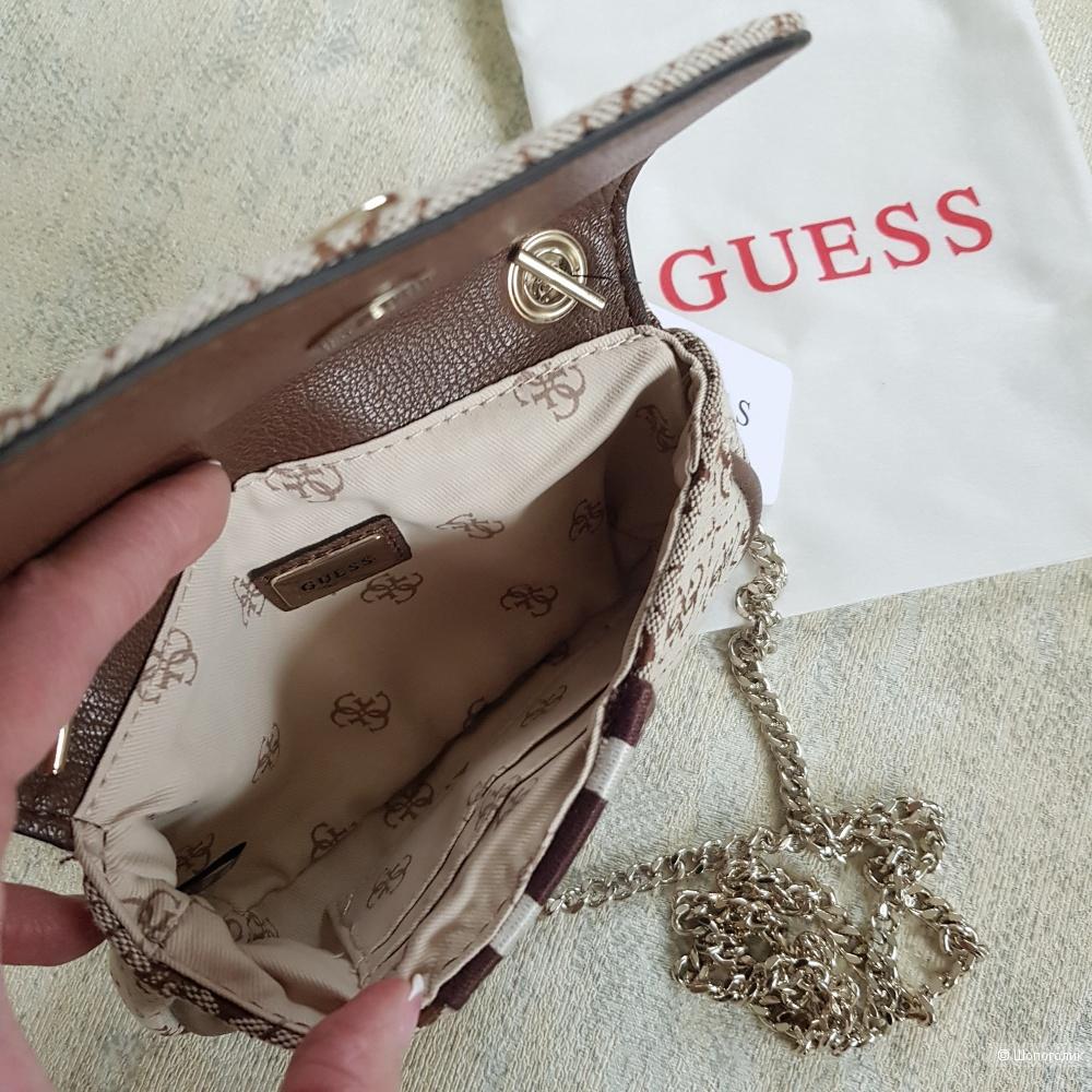 Мини-сумка Guess