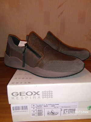 Кроссовки  фирмы GEOX размер 39