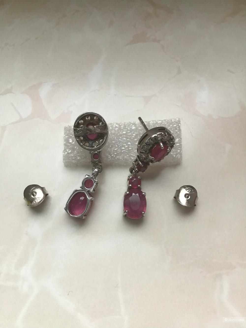 Серебряные серьги с натуральными рубинами