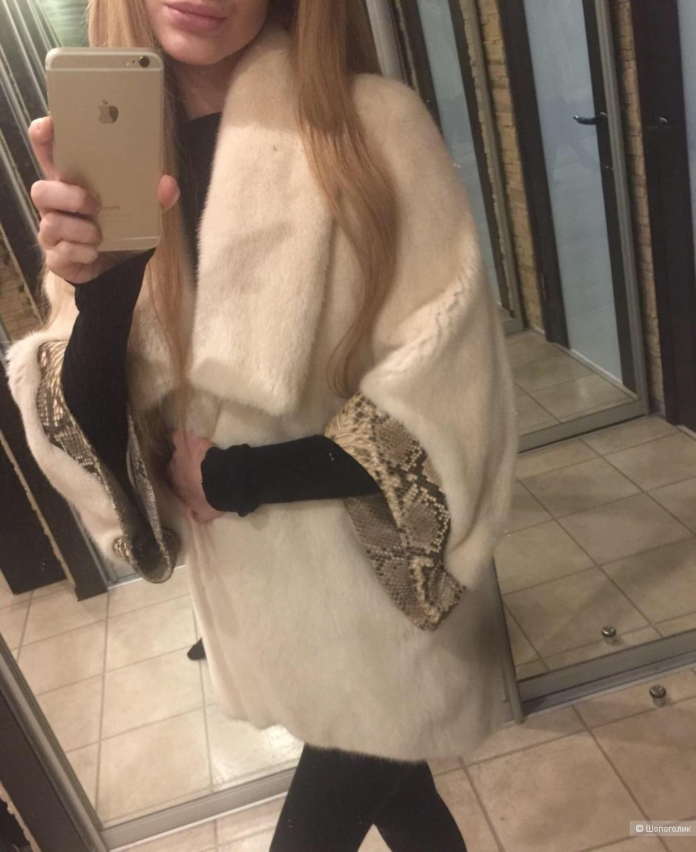 Норковая шуба с питоном Saga Furs (Nina Ricci)40-42-44