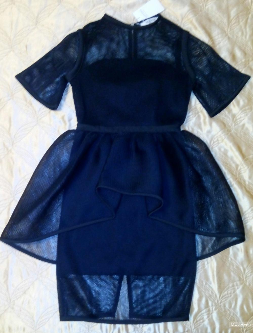 Платье Valentino 42-44 размер