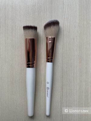 Кисти для макияжа BH Cosmetics