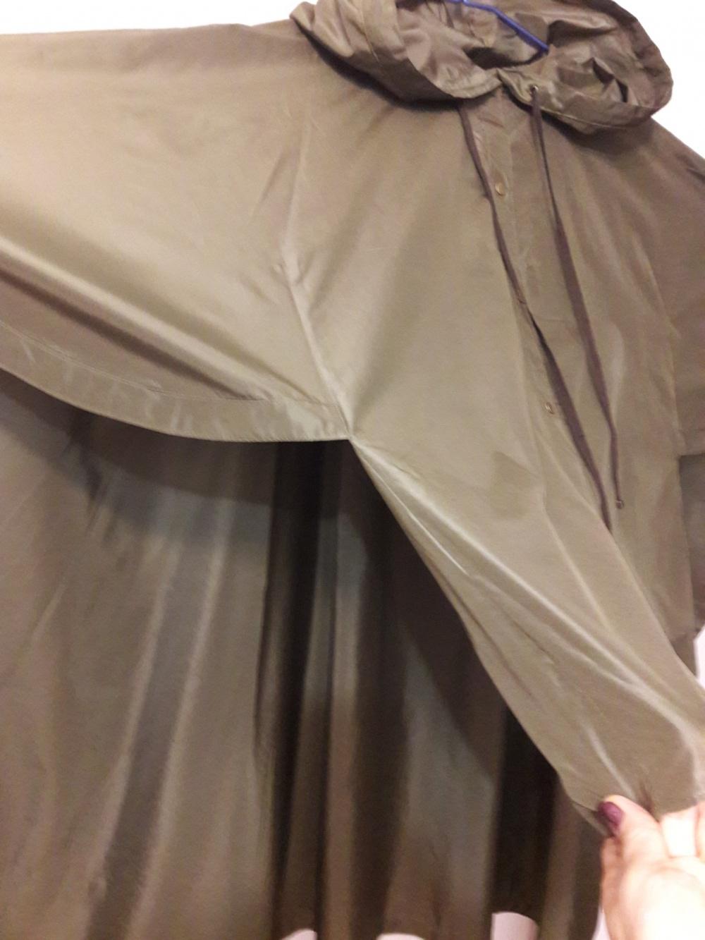 Шелковый плащ-накидка Kenzo, р-р S-M