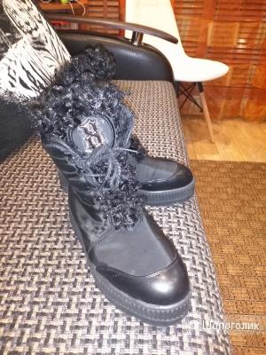 Дутики ботинки  ноу нейм. 37 38 размер