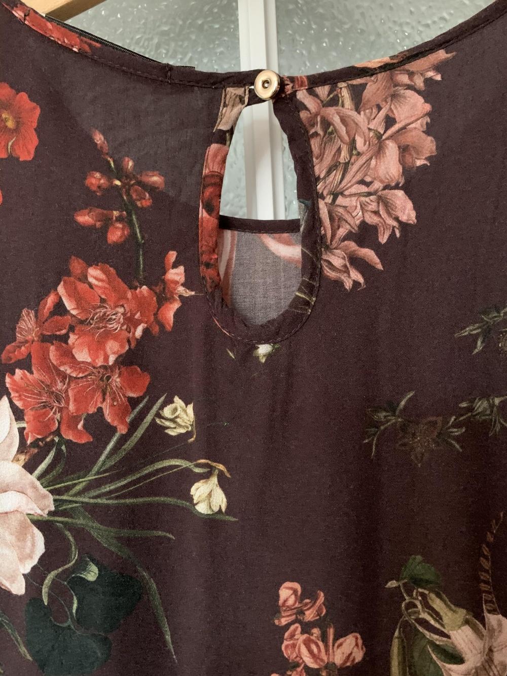 Платье Vis-a-Vis, размер М