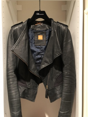 Куртка кожаная. Hugo Boss. Boss Orange. XS-S
