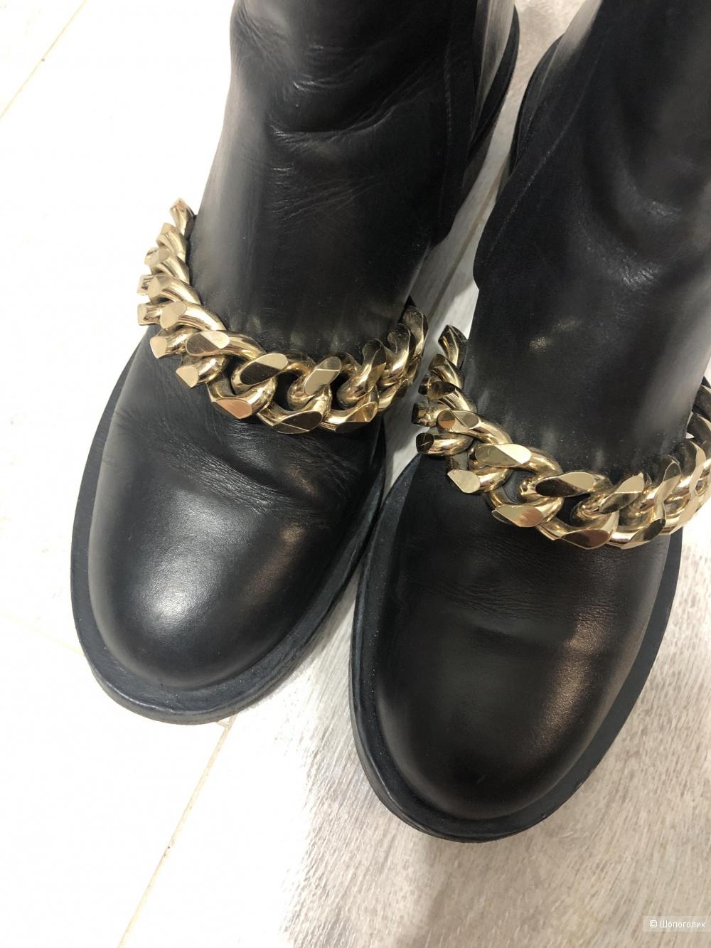 Ботинки Givenchy  размер 39