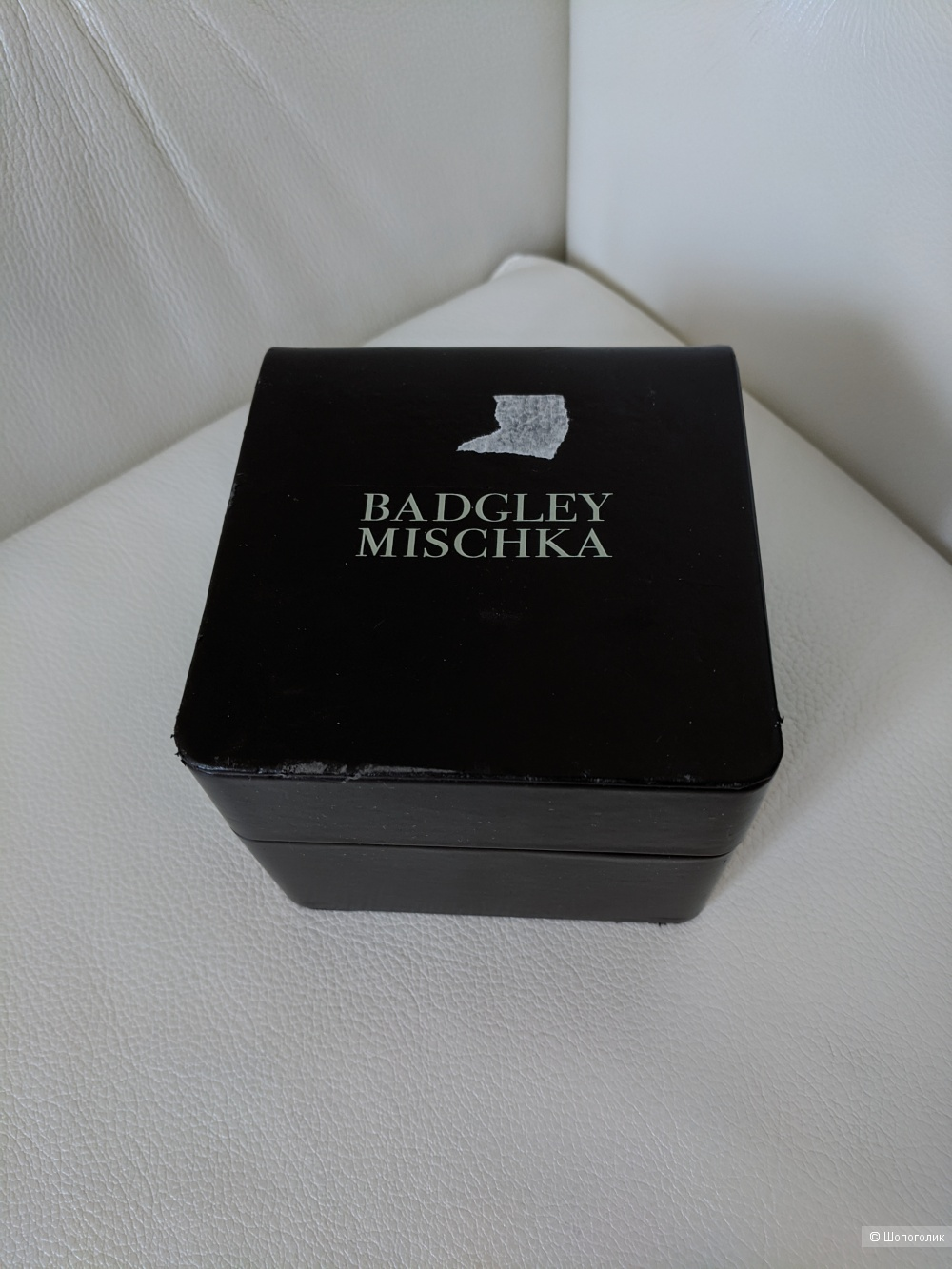 Часы Badgley Mischka