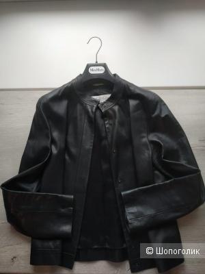 Кожаная куртка Max Mara,44-46 рус