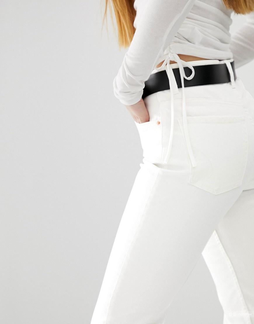 Белые прямые джинсы Bershka, размер EU 36