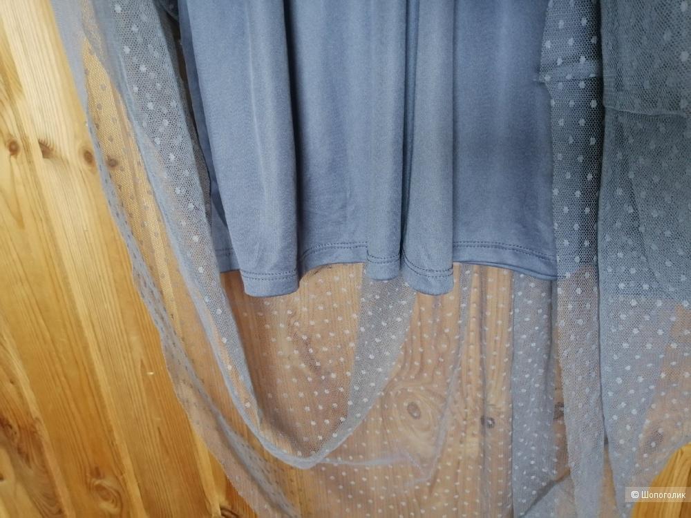 Платье HM с вышивкой, размер 40