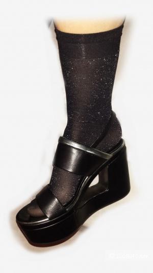 Босоножки черные Bruno Premi 37 размер