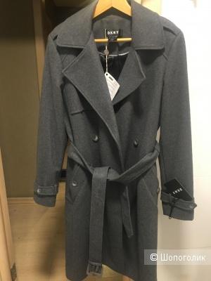 Пальто DKNY размер M