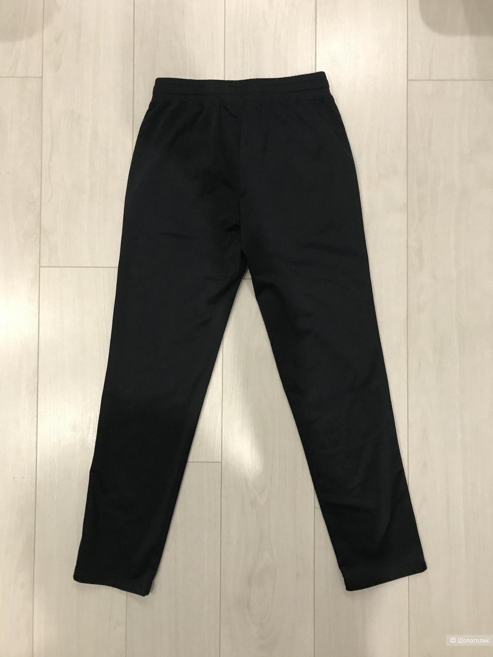 Спортивные брюки EA7, размер S