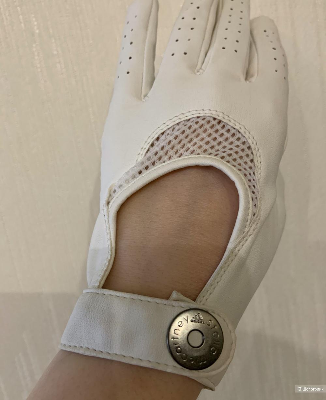Перчатки Adidas by Stella McCartney, размер М (S)