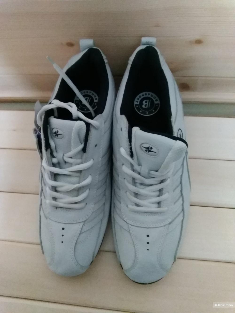 Кроссовки Bona 44 размер.